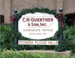 guenther-house-xmas-sign
